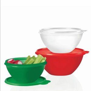 Tupperware New !!! Wonderlier bowls 3 pc set